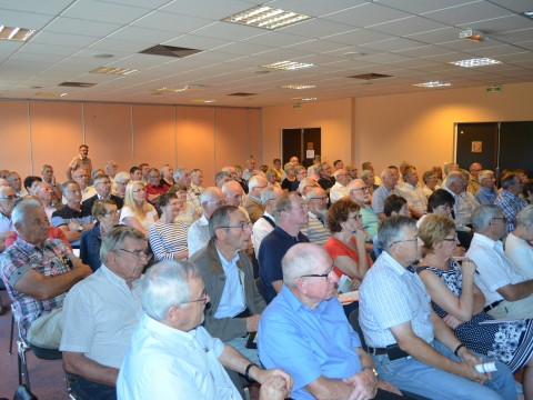 Participants à la réunion du 19 juin